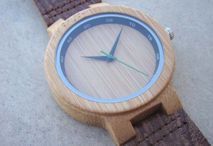 bamboo-watch-front-02